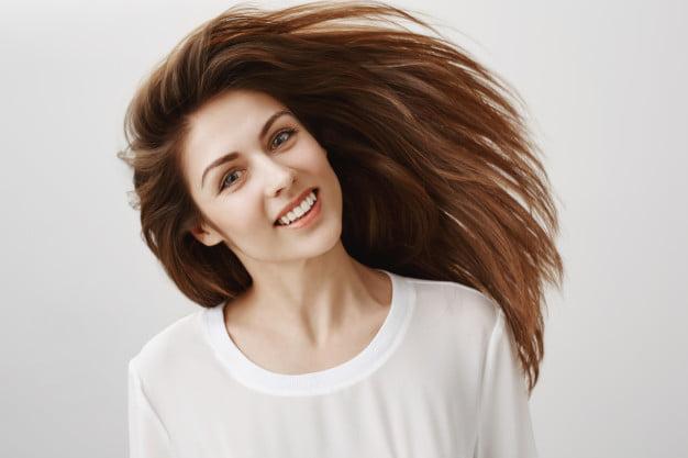 Óleos vegetais para o cabelo: como usar e benefícios